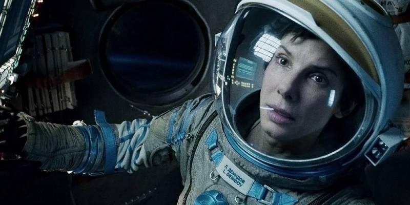 Гравитация (кадр из фильма).